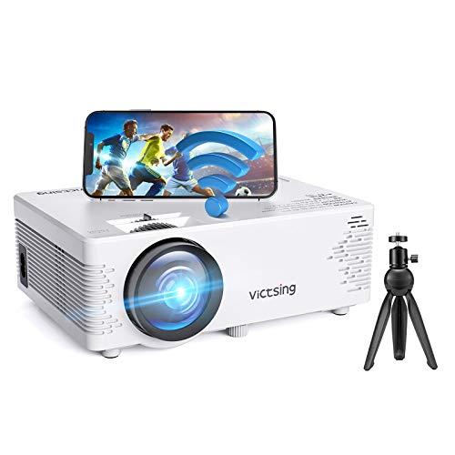 VicTsing BH400A - Proyector WiFi Bluetooth Soporta 1080P Full HD, Proyector Cine en Casa con Trípode Compatible con Smartphone, TV Stick, HDMI, USB, PS4, VGA, AV